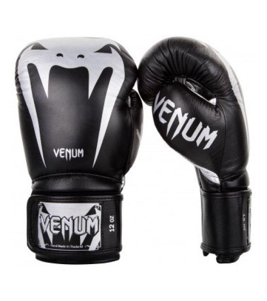 Боксерские перчатки  VENUM GIANT 3.0 BOXING GLOVES - NAPPA LEATHER - BLACK/SILVER