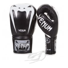 Боксерские перчатки  VENUM GIANT 3.0 BOXING GLOVES - NAPPA LEATHER - WITH LACES - BLACK